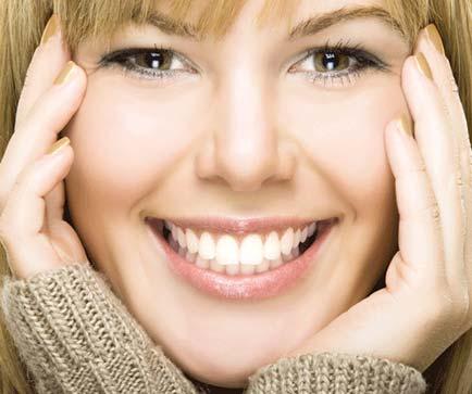 Kieferorthopädie Dr. Hellak gesunde Zähne schönes Lachen